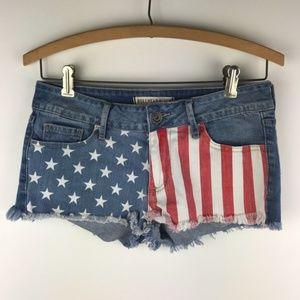 Bullhead Black Womens Flag Denim Shorts Sz 3